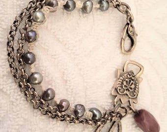 Hemp Chain Peace Garnet Bracelet