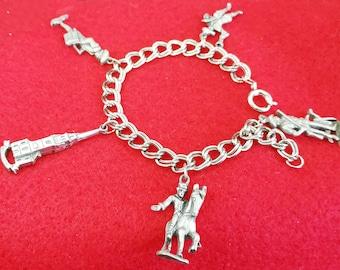 US Independent Charm Bracelet