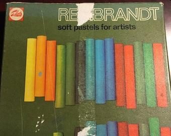 Vintage Talens Rembrandt soft pastels for Artists used color sticks pencils
