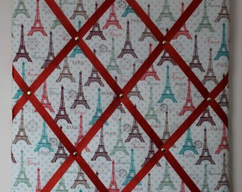 Eiffel Tower Memory Board