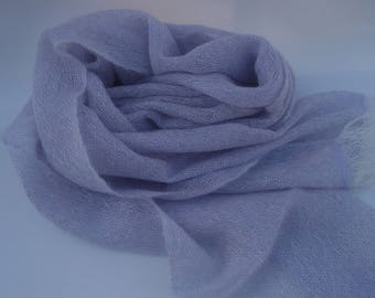 Scarf made of kid-mohair hand Woven