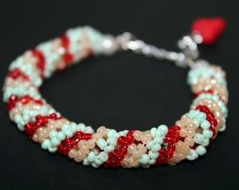"""Beaded bracelet, multicolor bracelet, jewelry bracelet, bracelet for her, heart-shaped pendant, jewelry, bijouterie, """"BraceletByNadi"""""""