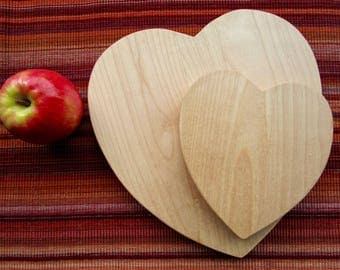 Two-Piece Heart-Shaped Cutting Board Set