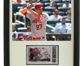 Sports Card Frame for a BGS (Beckett) Graded Horizontal Card with an 8 x 10 Horizontal Photo Opening