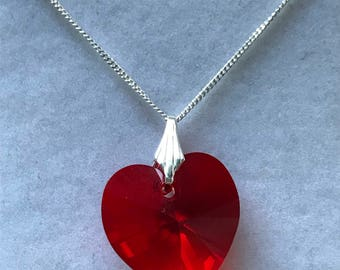 Beautiful Swarovski Crystal Heart Bead on a Sterling Silver Fine Curb Chain.