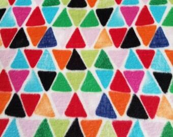 Triangle  Mosaic Patterned Fleece Blanket