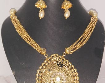 PARTY WEAR NECKLACE