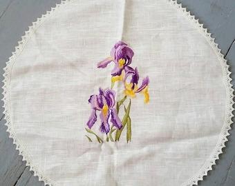 Large White Linen Tablecloth. Vintage Floral table linen. Purple Iris table linen. Horveit Estonian linen.