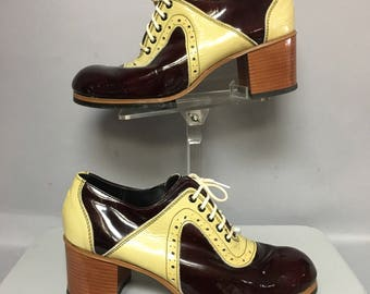Genuine Vintage 70's Patent LEATHER 2 Tone SADDLE Shoes, size 9 Mens : size 10 1/2 Womens