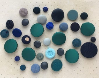 Ocean of Blue Vintage Buttons - 34 Qty