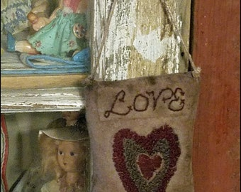 Primitive Punch Needle Cupboard Hanger Heart Stitchery  FINISHED Hand Made Fiber Art Needlework Hickety Pickety FREE SHIPPING