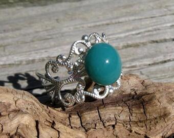 Aqua Glass and Silver Costume Filigree Ring