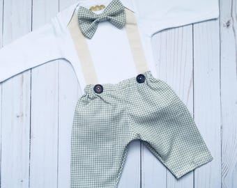 Vintage style look... trousers pants and suspenders and removable bow tie onesie-- photo prop-- new baby boy-- page boy