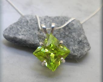 Peridot Green CZ Necklace, Sterling Silver Chain, Diamond Shape Jewelry, Princess Cut Cubic Zirconia, August Birthstone Pendant (SN1042)