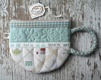 Teacup, CoffeeMug & HotCocoa Pouches ( quilted patchwork tea coffee zipper bag wallet purse quilt pattern )