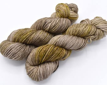Taupiary Merino Worsted - In Stock