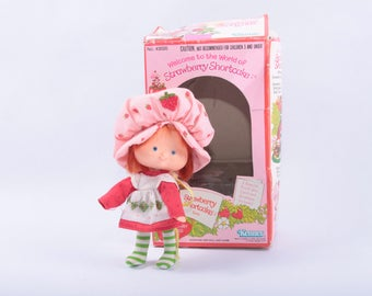 Vintage Strawberry Shortcake Doll, Strawberry Shortcake, In Box,  Collectible ~ The Pink Room ~ SS002