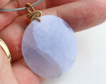 Blue Lace Agate Faceted Disc Necklace on Neckwire