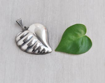 Vintage Puffy Heart Leaf Pendant - BIG 925 sterling silver hollow pendant charm - Taxco Mexico TV-53