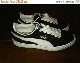 SALE 25% off SALE Puma shoes black white  Size men's US 6.5/ women's Us 7.5/ Uk 5.5 /Eur 38.5/ Jap 24.5