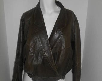 Women's short batwing bat wing leather jacket     Q       Made in England Uk     S small