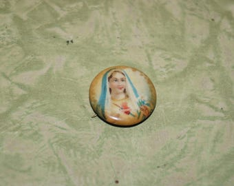 Antique Vintage Virgin Mary Sacred Heart Picture Religious Pin Back Pin back Tin Button