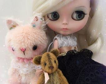 """RESERVED FOR """"heathernova"""" Custom Blythe Doll OOAK """"Ava"""" ~  by Jenny Lee of JennyLovesBenny"""