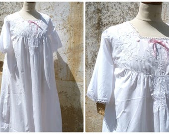 Vintage Antique French 1900s Edwardian  white cotton nightgown handmade embroideries/pink ribbon size S/M/L
