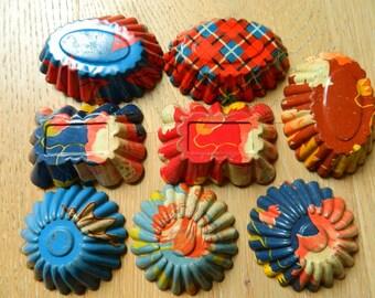 Antique Set of 8 colorful  molds Tins - Vintage Tart Tins - Rare decorated sand molds