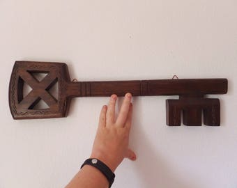 Vintage Wooden Key 1970's Key Sign Retro Brown Decor Rustic Carved Key Big Key Oversized Key Folk Key Art Key Wall Hanging Skeleton Key Sign