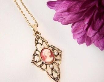 SALE Small Vintage Cameo Pendant Necklace, Gold Tone Chain, Delicate Necklace, Mini Cameo