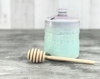 Handmade honey pot. Porcelain honey pot. Lavender to aqua ombrè glazed - stamped pattern. Ceramic honey jar. Wooden honey dipper. Bee keeper