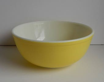Yellow Primary Color Pyrex Mixing Bowl #404