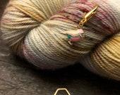 Enamel Finch Brass - Progress Keeper / Stitch Marker