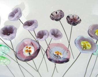 16 Handmade Glass Lampwork Flowers and Leaves on Wire   Purple Flower Garden