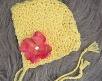 Newborn bonnet.. newborn girl bonnet.. yellow bonnet.. ready to ship.. photography prop
