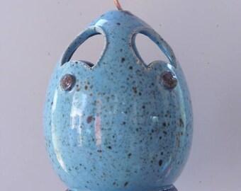 Bonnet Blue - Highfired stoneware clay Birdfeeder