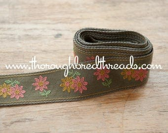 1 yard Mod Embroidered Vintage Trim- Daisies 60s 70s New Old Stock Pink Gold