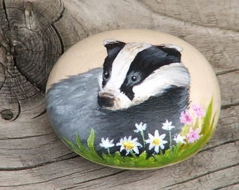 Badger hand painted wooden pebble - 3.5x3cm (1.5x1.25 inches)