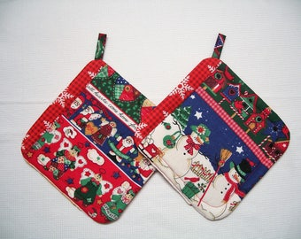 Christmas Insulated Fabric Pot Holders, Set of 2, Trivet, Hot Pad, Red, Green & Blue Potholder, Hostess Gift, Holiday Gift