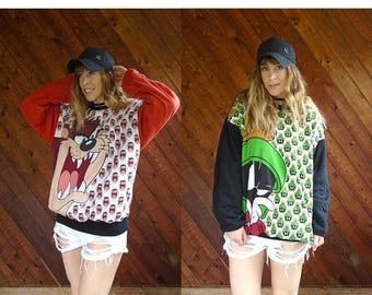 20% off SUMMER SALE. . . Looney Tunes Reversible Graphic Pullover Sweatshirt - Vintage 90s - OS