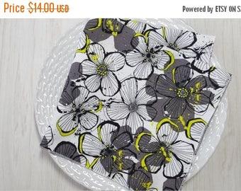 SALE Cloth Napkins Floral Grey Black White Bright Green Set of 4