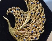 Royal Blue Peacock Brooch, Pin, Rhinestone, Vintage, Gold tone (I15)