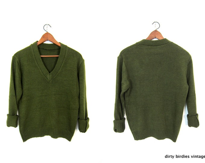 Army Green Sweater 80s Vintage Olive V Neck Sweater Military Pullover Grunge Vneck Boyfriend Sweater Womens Medium