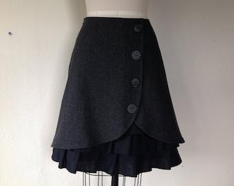 Isabelle wool ruffle front skirt Sz 6