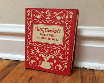 Betty Crocker's Picture Cook Book Cookbook 1950 General Mills Vintage Recipes Binder Red White