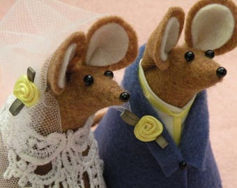 Mr. and Mrs. Mouse Wedding Cake Topper   soft sculpture   decoration