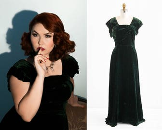 vintage 1930s dress / 30s evening gown / Green Silk Velvet Floor Length Gown