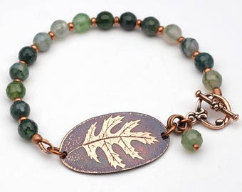 Green oak leaf bracelet, faceted moss agate beads, etched jewelry, 7 3/4 inches long