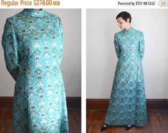 Summer Sale - 1970s Designer Mollie Parnis Brocade Maxi Dress - S/M